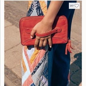 Free people we the free travel wallet